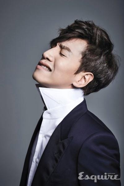 Lee Kwang Soo dalam majalah Esquire (2)