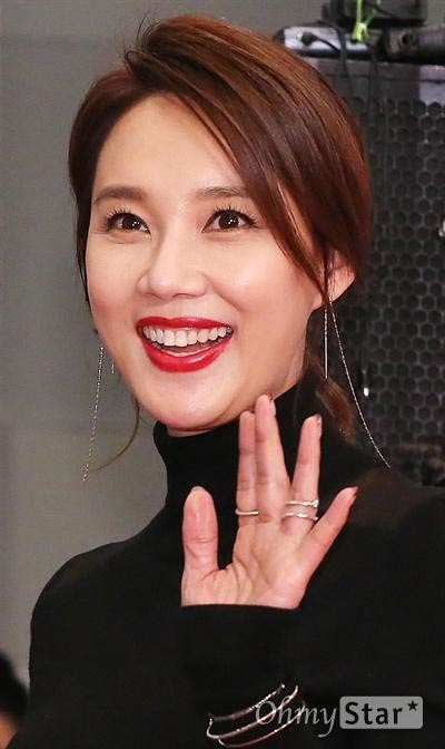 Oh Hyun Kyung Videos