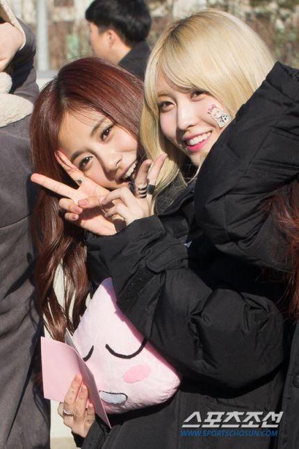 160109 TWICE Mini Fanmeeting @ Music Core (1)