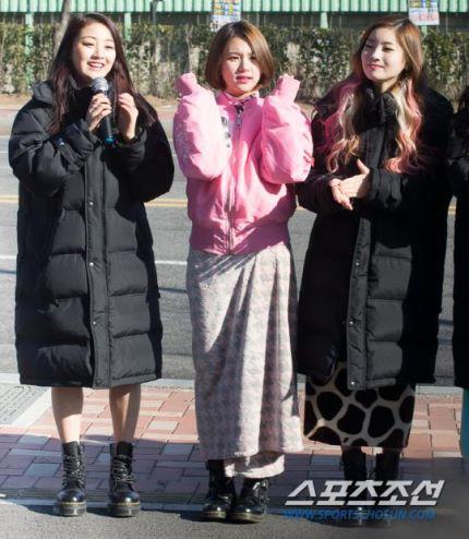 160109 TWICE Mini Fanmeeting @ Music Core (5)