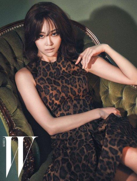 Dasom Majalah W Korea February (1)