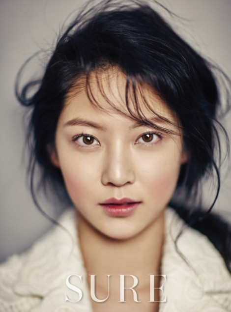 Gong Seungyeon for Sure Magazine February (3)