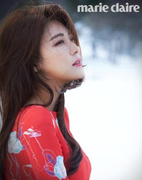 Ha Ji-won Majalah Marie Claire Februari (1)