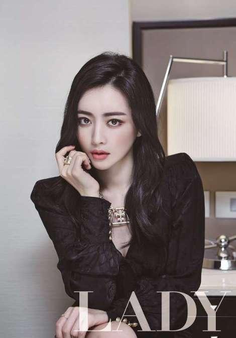 Hong Soo Ah Di Majalah Lady Kyunghyang (2)