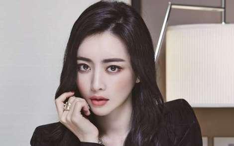 Hong Soo Ah Di Majalah Lady Kyunghyang (3)