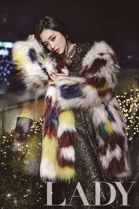 Hong Soo Ah Di Majalah Lady Kyunghyang (4)