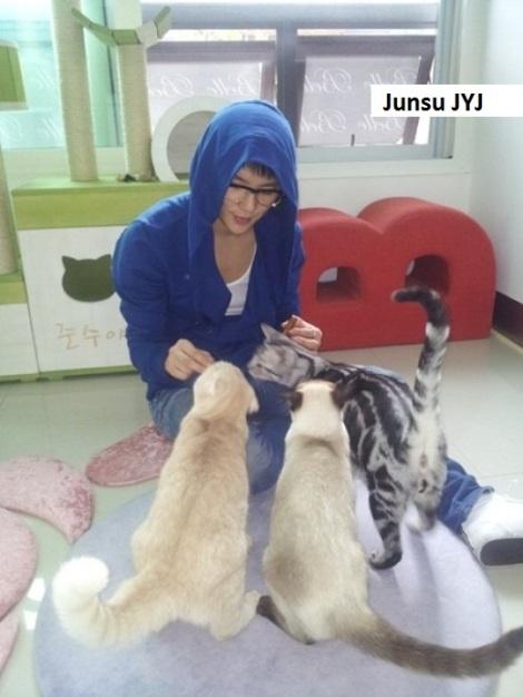 Junsu dari trio JYJ yang juga pacar Hani EXID