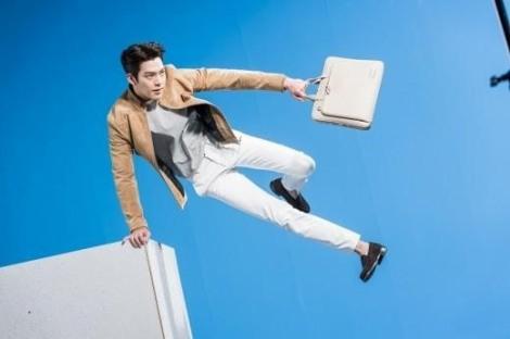 Kim Woo Bin untuk Samsonite Red (2)