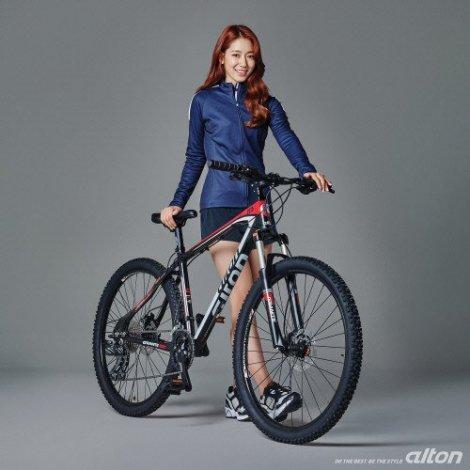 Park Shin-hye Promo Samchuly (1)