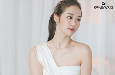Choi Sulli for Swarovski Pictorial (3)