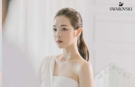 Choi Sulli for Swarovski Pictorial (4)