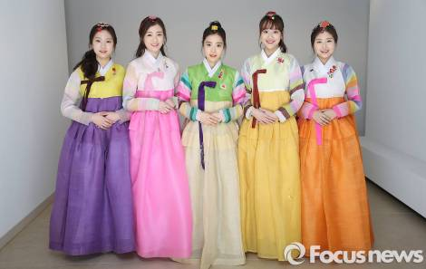 Girlgroup APRIL (2)