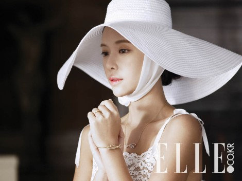 Hwang Jung Eum's wedding pictorial for ELLE magazine (1)