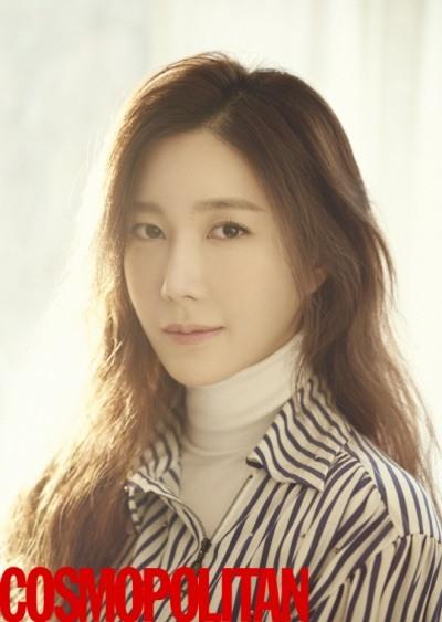 Lee Ji-ah in for Cosmopolitan March 2016 (2)