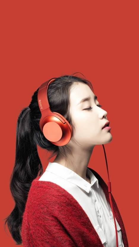 Singer IU For Sony Headphones (4)