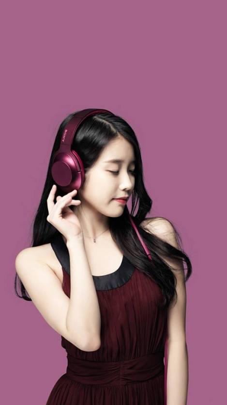 Singer IU For Sony Headphones (5)