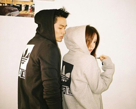 T-ARA's Hyomin & Seulong for Adidas Originals Tubular (5)