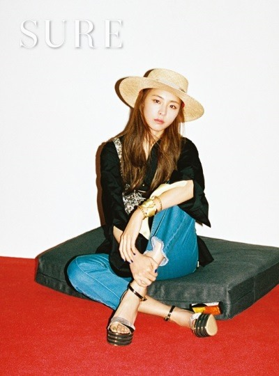 Actress Lee Yeon-hee pose  for magazine Sure June issue 2016 (4)
