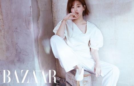 Actress Oh Yeon Seo Photoshoot for 'Harper's Bazaar' Magazine Latest Issue (1)