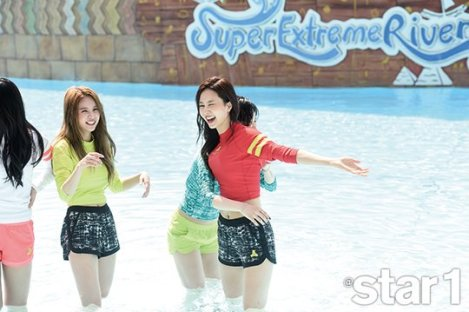 Behind the scenes FIESTAR for Magazine @Star1 June (4)