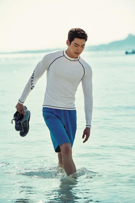 """Kim Woo-bin pose for global travel magazine """"The Traveler"""" June issue (3)"""