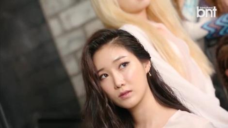 Pemotretan Kelompok Brave Girls untuk Majalah bnt International (2)