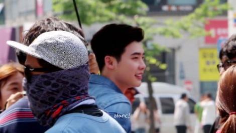 Lee Jong-suk Filming Koren Drama W Behind The Scenes (5)