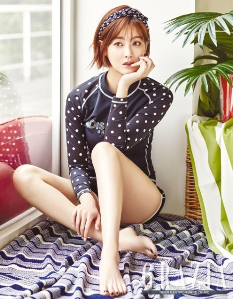 Oh Yeon-seo in fashion magazine Grazia's June issue, for brand Discovery Expedition (1)